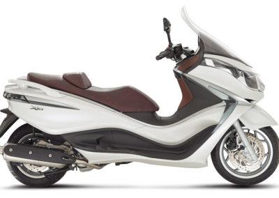 piaggio-x10-model-pre-3