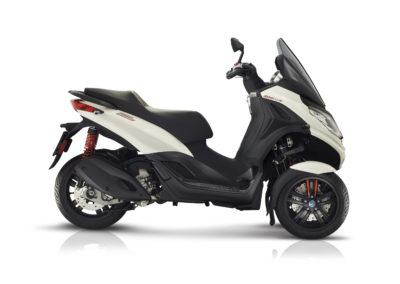 11-piaggio-mp3-300-hpe-sport