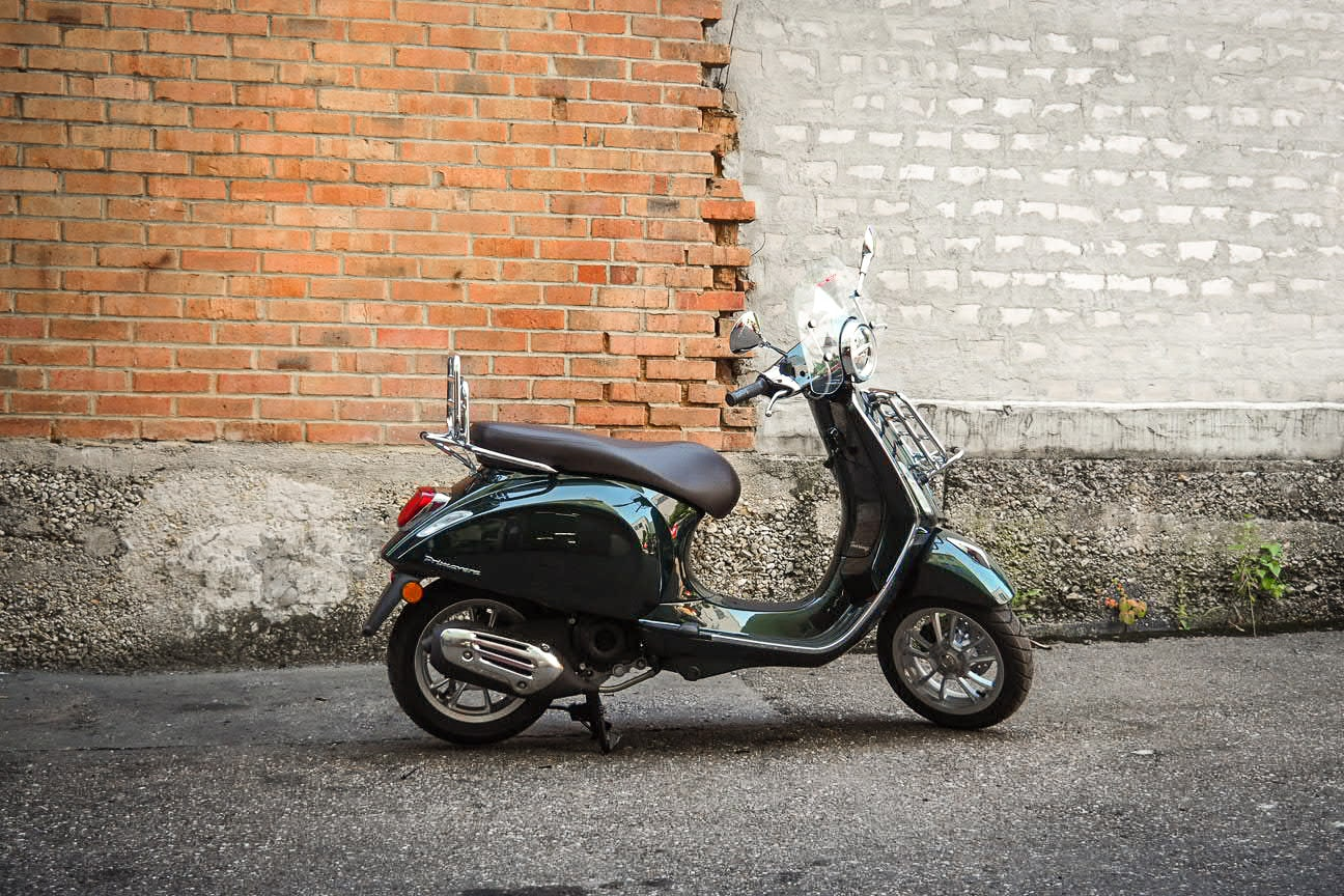 vespa-modelle-vespa-primavera-50_125-touring-9-roller-motorradb